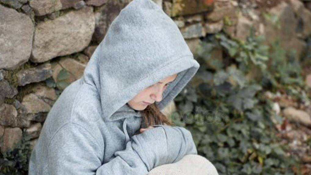 depositphotos_15357015-stock-photo-sad-child-1_16x9